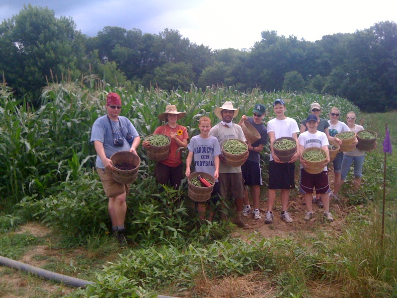 CSA helpers at Heifer Ranch